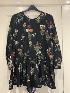 Ladies Floral Woven Playsuit Long Slv. Zara Size M