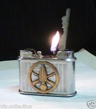 Briquet ancien Table J.Claverie Badge Indochine or World WAR Lighter Feuerzeug