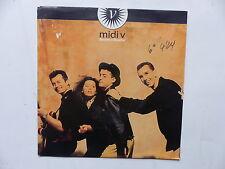 MIDI V Bouche a bouche 14 657285 00