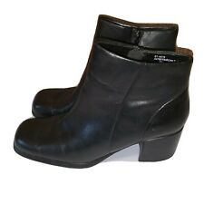 White Mt Ankle Boots Heels Black Size 9 M Womens Fairchild T3
