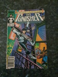 THE PUNISHER #1 - MARVEL COMICS - FIRST ISSUE OF AN UNLIMITED SERIES!