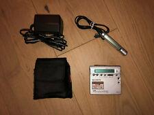 Sony MD Walkman - Portable MiniDisc-Player - Silber (MZ-R900)