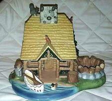 PartyLite Gone Fishin Ski Cabin T-Light Candle Holder Detailed P7305 Wildlife