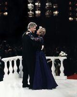 PRESIDENT BILL CLINTON & HILLARY DANCING 8x10 SILVER HALIDE PHOTO PRINT