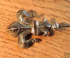Grand pic à chapeaux, tête fleur de lys, 25 cm, XIX°