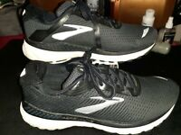 Brooks Adrenaline GTS 20 1202961B060 Running Shoes - Women's Size 10.5 B, Black