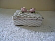 """Vintage Ceramic Floral Themed Trinket Box """" BEAUTIFUL COLLECTIBLE ITEM """""""