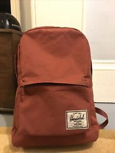 Herschel backpack Maroon/Red. Used But Great Condition