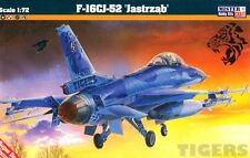 F -16 C BLOCK 52+ FALCON (GREEK, KOREAN, POLISH, SINGAPORE MKGS)1/72 MISTERCRAFT