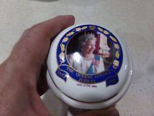 E & R Queens 50th Golden Jubilee 1952-2002 Trinket Or Powder Box Gold Trim