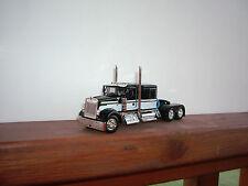 DCP 1/64 BLACK&WHITE W900 KENWORTH WITH 60'' FLAT TOP SLEEPER