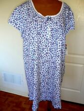 NWT, Miss Elaine nightgown, short sleeve in size 3X
