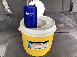 Live Bait Bucket / Air Pump 11 Litre Minnow Sand Eel Sea Pike Fishing Flambeau