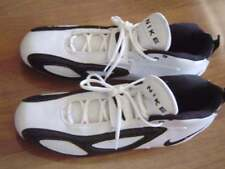Nike Mens 16 Nwot White Black Football Shoes Cleats Mid