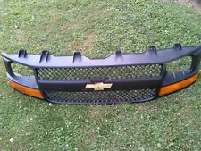 2003 - 2007 CHEVY EXPRESS GRILLE BLACK W/ TURN SIGNALS OEM