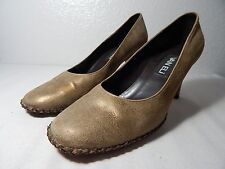 VAN ELI - Women Size 7.5 M - Distressed Gold Leather Heel - Pre-Owned