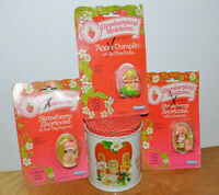 VINTAGE STRAWBERRY SHORTCAKE LOT STRAWBERRYLAND MINIATURES & TIN CAN KENNER 1981