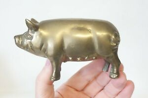 PIG PIN farm sow pigs love little piglet brass brooch pendant loop b-pig-152