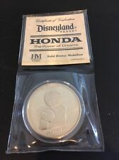 2013 D23 EXPO DISNEY DISNEYLAND RESORT HONDA ASIMO ROBOT BRONZE MEDALLION COIN 1