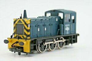 Bachmann 31-352 Class 03 Shunter BR Blue with 'Wasp Stripes'. Boxed