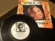 CULTURE CLUB . DO YOU REALLY WANT TO HURT ME . ( BOY GEORGE ) 1982