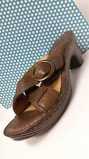 Born's Brown Leather Women Comfort Sandals shoes US 7M  EUC
