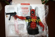 Marvel Gentle Giant DeadPool Mini Bust Very Low Edition #8 of 1700