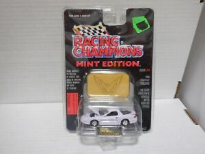 Racing Champions Mint Edition 1996 Pontiac Firebird (White) #14 020921MGL2