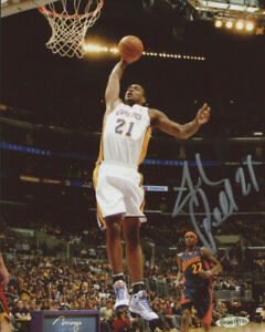 Josh Powell Autographed Lakers 8x10 Basketball Photo UDA COA Signed Action Photo