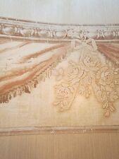 Tapete, Designtapete, Bordüre, Stuckimitat, floral, Schleife, Braun, Terracotta