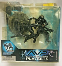 Mcfarlane AVP Alien vs Predator Playsets Celtic Throws Alien