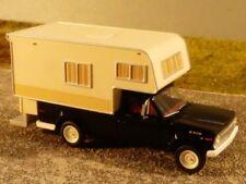 1/87 Brekina Jeep Gladiator Camper schwarz 19832