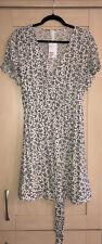 H&M Off White & Black Floral Print V Neck Light Summer Dress 18 BNWT