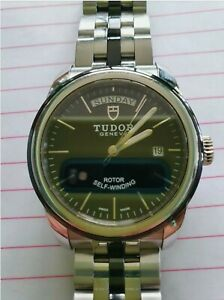 TUDOR Glamour Silver Men's Watch with Stainless Steel Bracelet - M56000