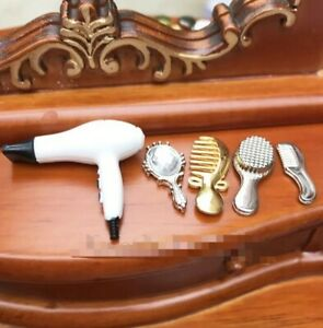Doll House Accessories 1:12th Miniature - 1 x Mini Hairstyling Set