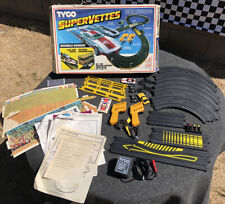COMPLETE, Vintage, Tyco, 1988, Super Vettes Electric Slot Racing Set #T6687