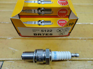 NGK BR7ES SPARK PLUGS BRAND NEW BOX OF 10 DON'T RUN OUT