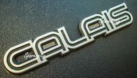 Holden Commodore Badge VL CALAIS VK BOOT/.Centre Tail Garnish with PINS metal