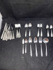 ONEIDA Deluxe Stainless 55 Pcs POLONAISE Burnished Rose Cameo Flatware USA Lot