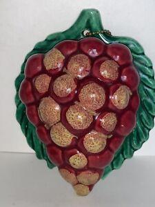 Vintage Ceramic Purple GRAPES Fruit Hanging Wall Pocket