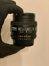 Nikon AF-D NIKKOR 28mm f/2.8 Auto-Focus Wide-Angle Lens w/ Caps and UV Filter