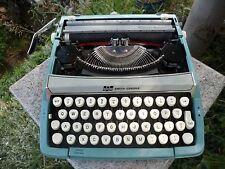 Vintage 1960's Smith Corona Corsair Turquoise Blue Portable Typewriter in Case