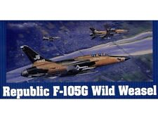 Trumpeter 1/32 Republic F-105G Thunderchief Wild Weasel Model Kit  W/ Extras