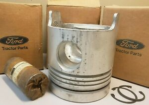 NOS OEM Ford Piston & Pin EONN 6108 CA New Holland Tractor Mahle Perfect Circle