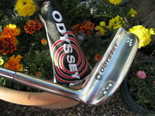 Odyssey stainless steel. 882 custom napa 33 inch Right handed putter.WOW.