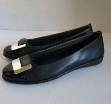 The Flexx Womens Cap Toe Black Ballet Slip On Flat Shoes Size: 9