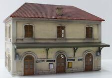 293DM HO 1:87 Stazione italiana FS montata e dipinta in resina