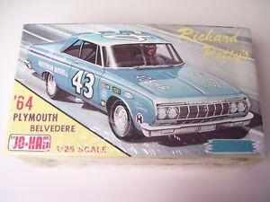Jo-Han 1:25 scale model kit- 1964 Plymouth Belvedere, Richard Petty #43, sealed