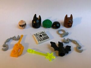12 LEGO PARTS - BATMAN HEAD HEADGEAR JOKER HAIR NEWSPAPER ACCESSORIES