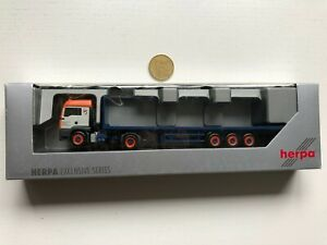 T99 Herpa H0 1:87 LKW OVP MAN Universal Transport Praha Sattelzug